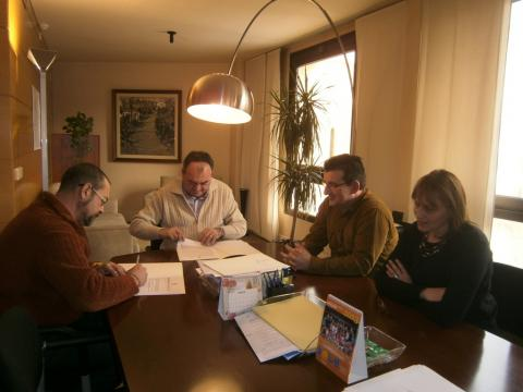 Signatura conveni canera comarcal